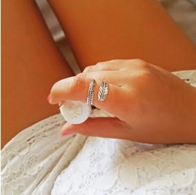 טבעת נוצה קסומה