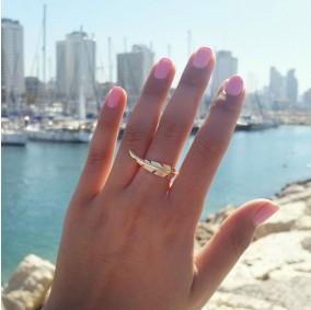 טבעת נוצה אפרודיטה